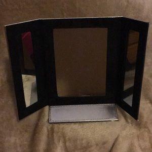 Avon 3 sided Travel Mirror